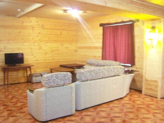 Taulu: зал номера 3-х комнатного
