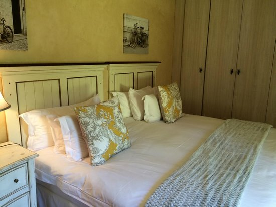 Avondrood Guest House: Family Suite Bedroom 2