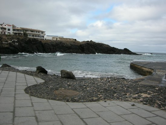 Hotel Cotillo Beach : Harbour lovely cafes