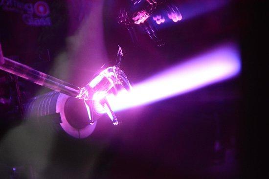 Corning Museum of Glass : Flameworking Demo