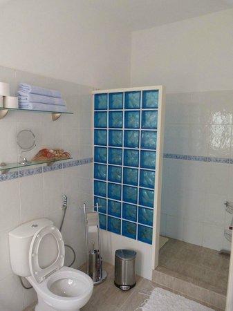 Villa St. Aubyn : Bathroom