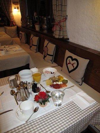 Schlosshotel Life & Style : breakfast
