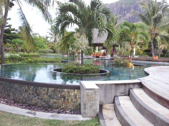 LUX* Le Morne : piscine
