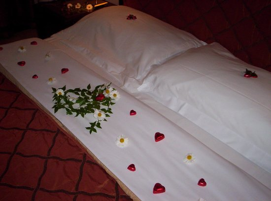 Hotel San Gallo Palace : Decorated bed