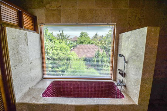 Cendana Resort and Spa: view from the tub
