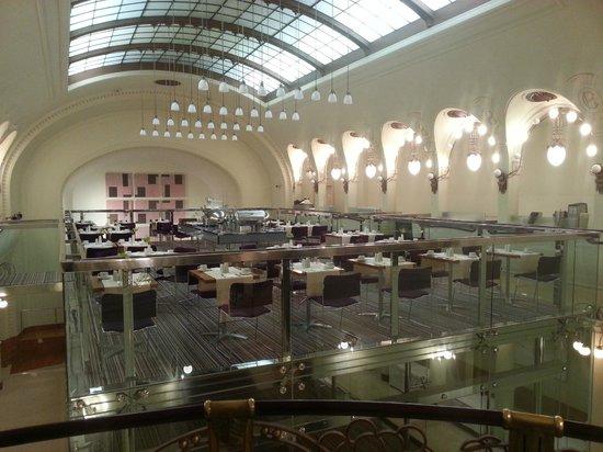 K+K Hotel Central: breakfast area