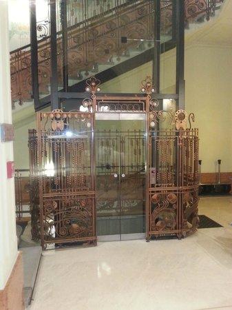 K+K Hotel Central: the art nouveau lift