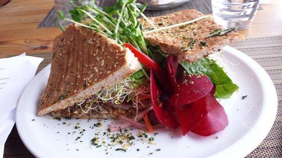 La Belle Verte : sandwich mmm ;)