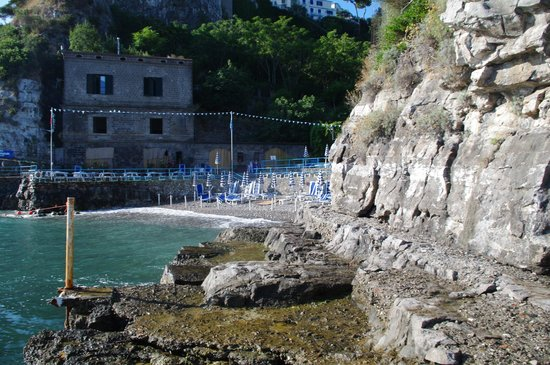 Hotel Desiree: Private beach