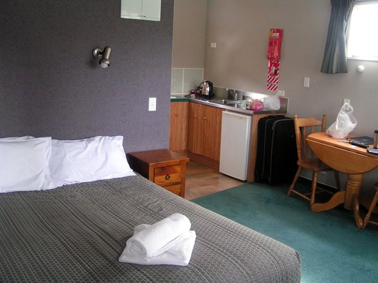 Te Anau Lakeview Holiday Park: Motel studio unit