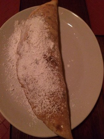 Il Rustico : Calzone filled with Nutella