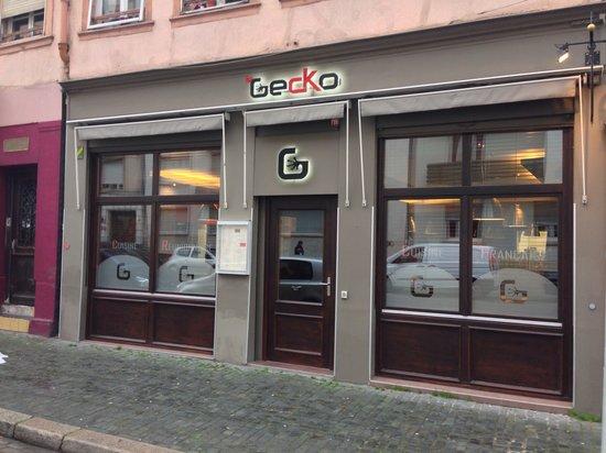 Le Gecko : Façade