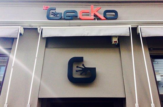 Le Gecko : Enseigne