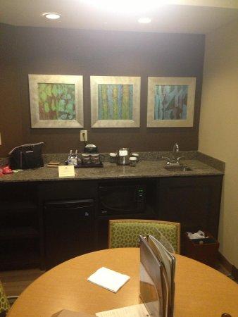 DoubleTree Suites by Hilton Orlando - Disney Springs Area : Kitchenette