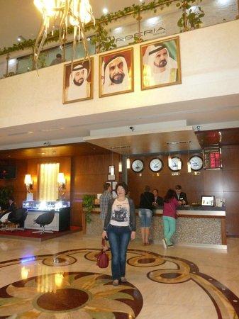 Marina View Hotel Apartments: ресепшн