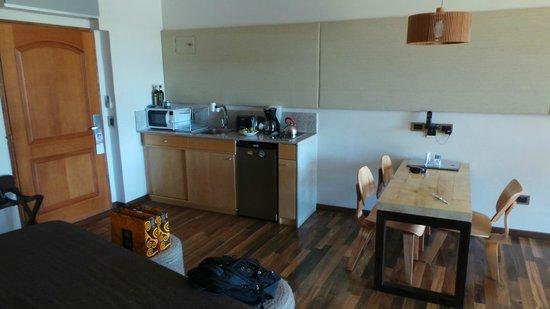 Rochester Hotel Bariloche: Vista Interna de la Habitación