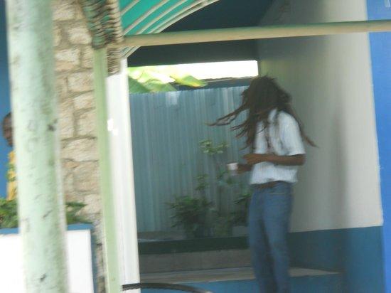 Pork Pit : reggae guy