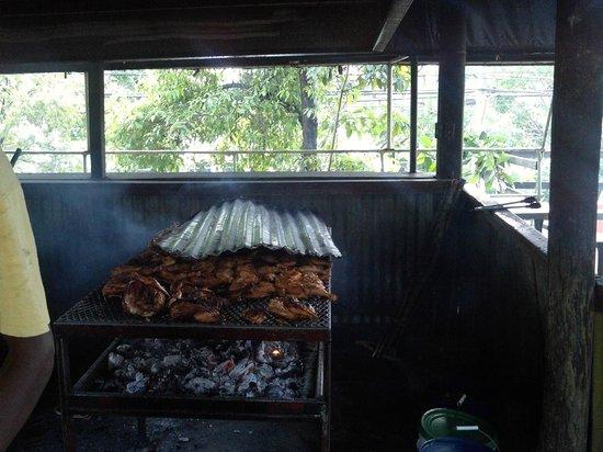 Pork Pit : Interresting to watch