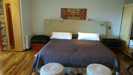 Rochester Hotel Bariloche: Vista Interna Habitación