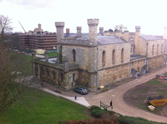 Lincoln Castle: The courts building