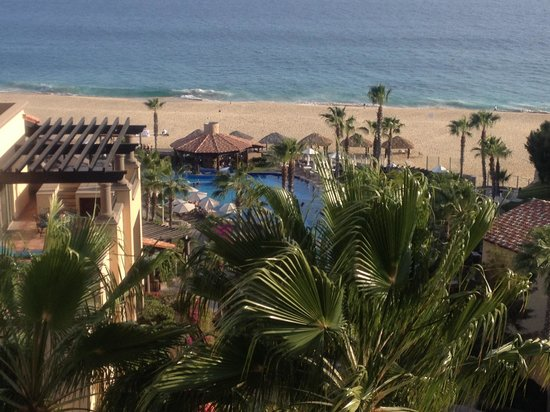 Pueblo Bonito Sunset Beach Golf & Spa Resort: 1/3 view from our balcony