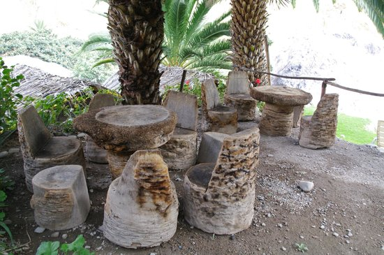 oasis sangalle: Eco furniture