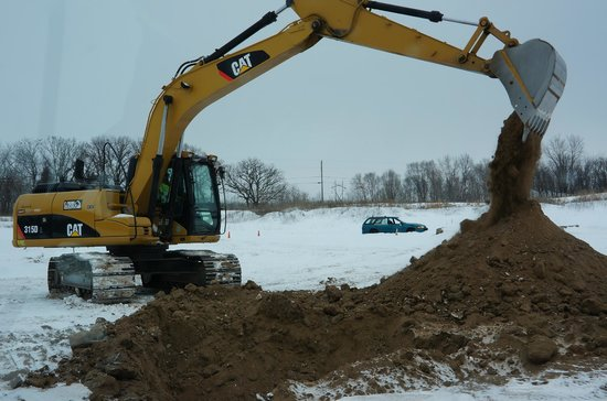 "Extreme Sandbox: Digging a hole and creating a ""golf tee"""