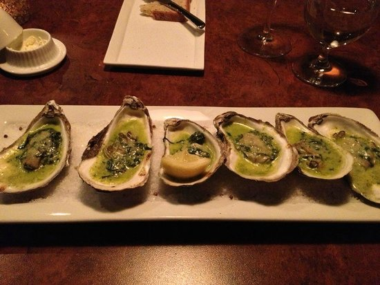 Little Louis' Oyster Bar: Oysters Rockefeller