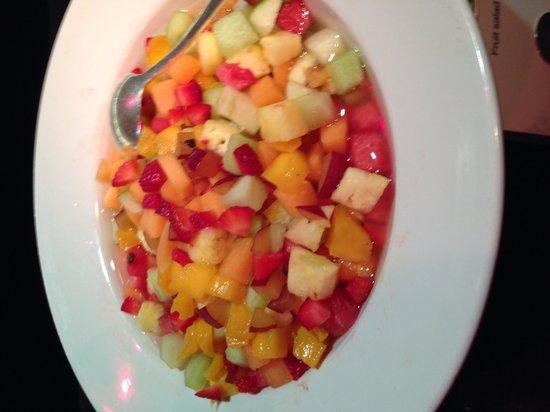 The Californian: Fruits salad