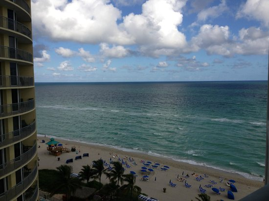 Sole on the Ocean: vista da praia