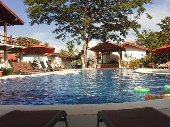 Agua Dulce Beach Resort: pool at Agua Dulce