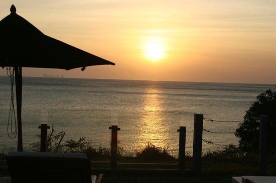 The Houben Hotel : Sunset from balcony
