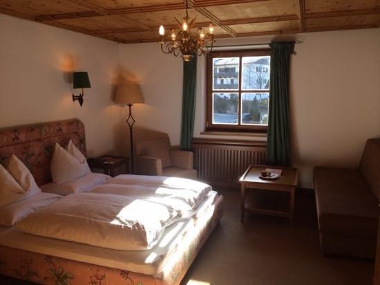 Hotel Schwarzer Adler: Zimmer