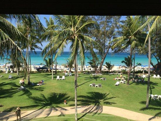 Katathani Phuket Beach Resort: Tani beach
