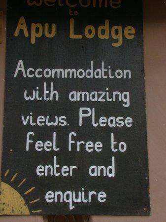 Apu Lodge : Ad at the hotel gate
