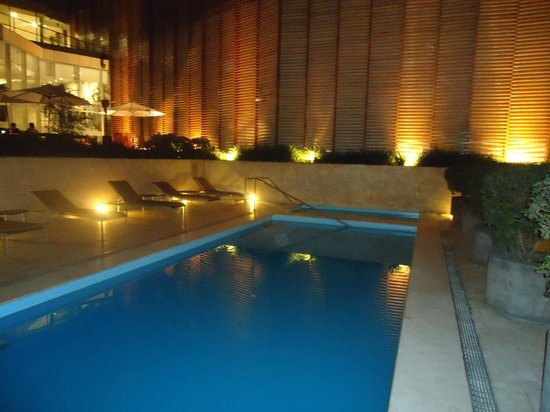 Hotel Atton San Isidro: Piscina
