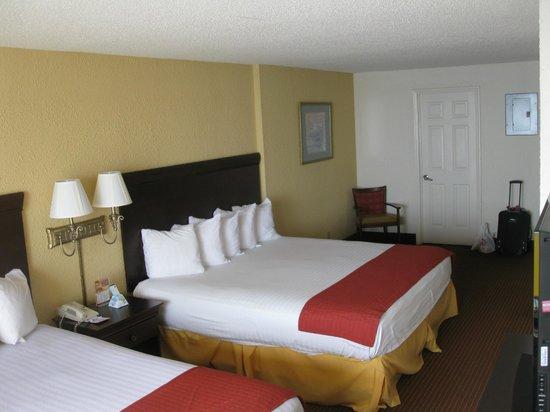 BEST WESTERN Ocean Sands Beach Resort: Bedroom