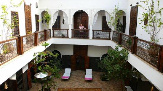 Riad Kasbah : patio y superior