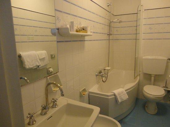 Palace Hotel: la salle de bains