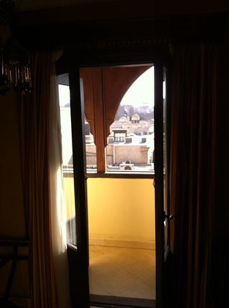 Le Riad Hotel de charme: from room to balcony and khan