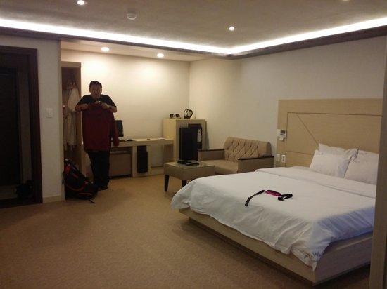 Hotel W Shinjeju : Spacious room