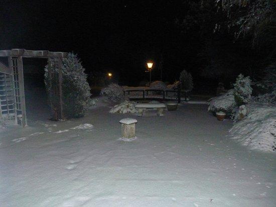Newdegate House: Winter scene