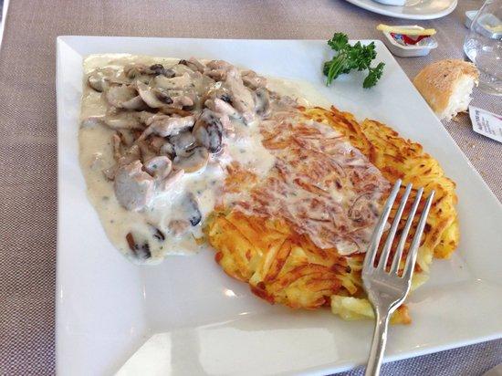 Ciani Lugano: Spezzatino con funghi e crema panna e rosti!