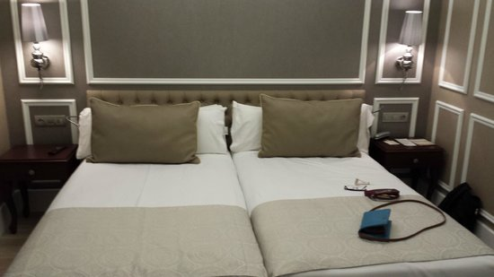 Hotel Catalonia Passeig de Gracia : Beds