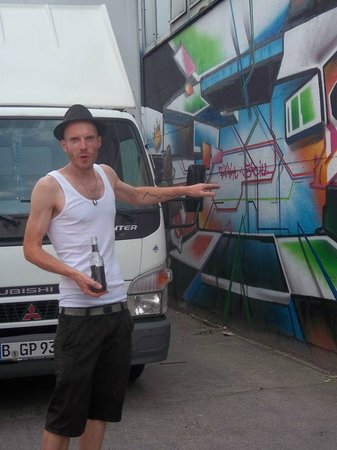 Alternative Berlin Tours: Bart is involved in the Berlin street art scene himself, and has the stories and scandals to sha