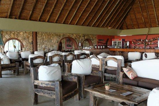 Tarangire Safari Lodge: communal sitting area
