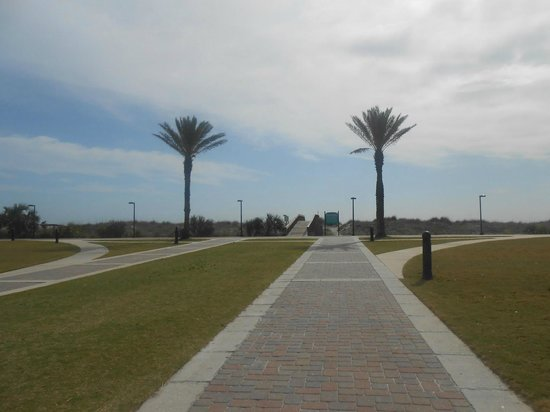 Jacksonville Beach: .