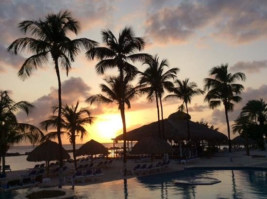 Sunscape Curacao Resort Spa & Casino - Curacao: main pool at sunset