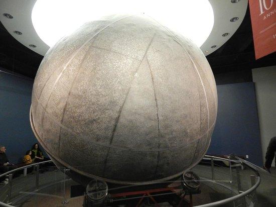 Adler Planetarium: Atwood Sphere