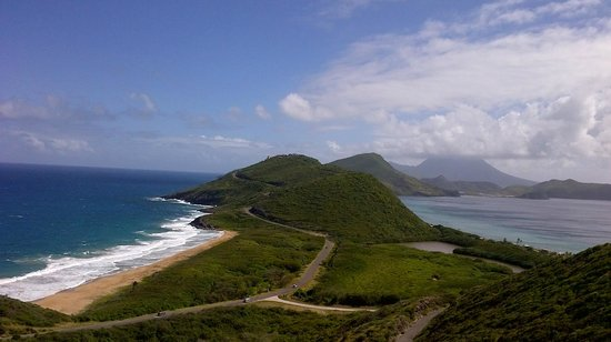 Island Paradise Tours: Atlantic and Caribbean meet in St Kitts
